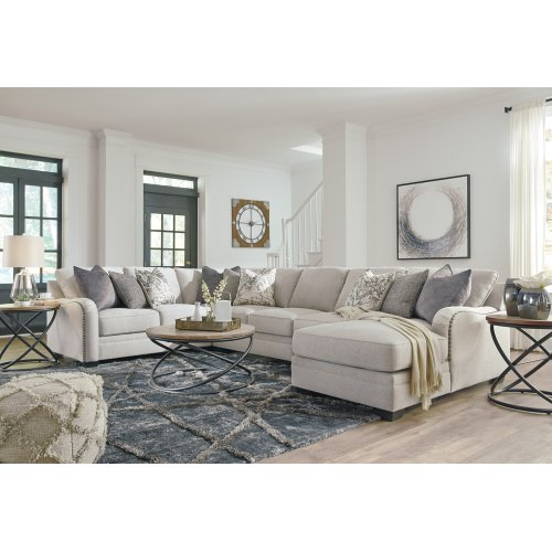 Dellara - Chalk 5 Piece Sectional