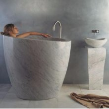 Eau Soaking Tub