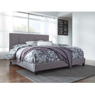 Dolante IV King Upholstered Bed