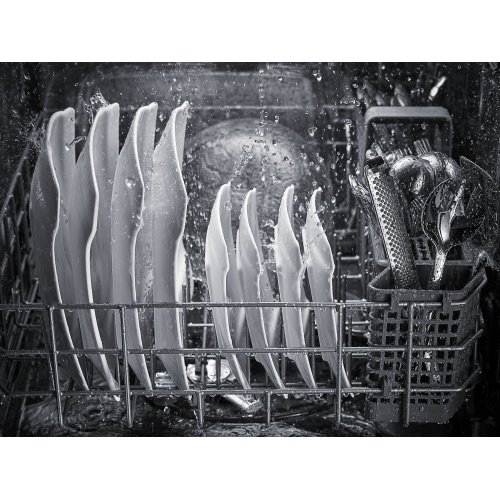 44 dBA Dishwasher with Dynamic Wash Arms Black Stainless Steel with PrintShield™ Finish