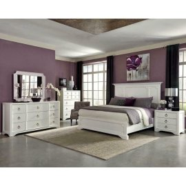Furiani Transitional White Queen Four-piece Set