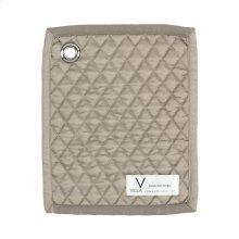 Diamond Pebble Quilt Swatch