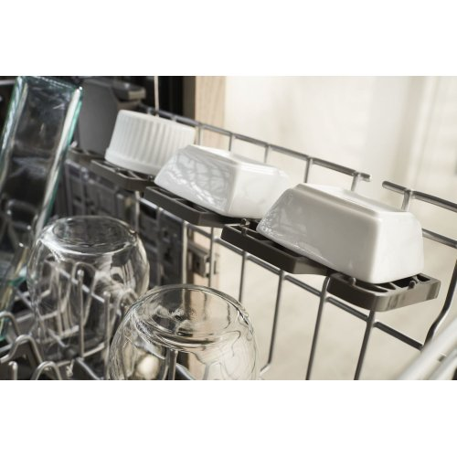 39 DBA Dishwasher with Fan-Enabled ProDry System and PrintShield Finish Black Stainless Steel with PrintShield™ Finish