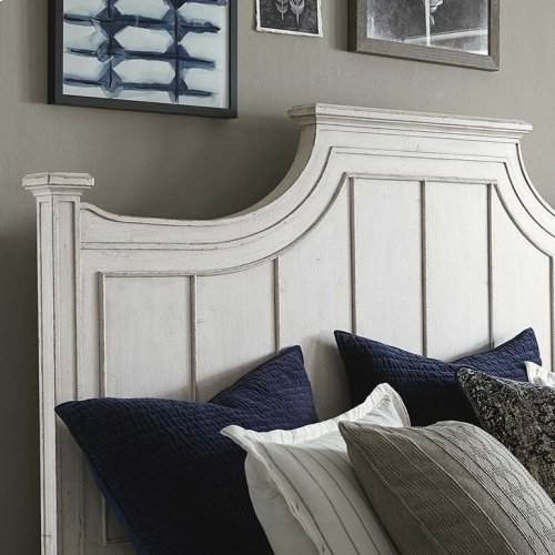 Cal King/Aged Whitestone Bella Panel Bed