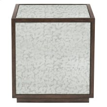 Clarendon End Table in Arabica (377)