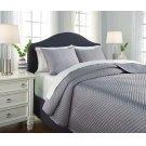 Queen Quilt Set Product Image