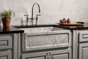 New Haven Farmhouse Sink Carrara Marble Product Image